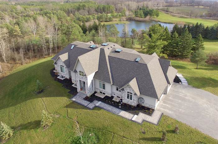 Newly Built Modern Estate Home On 2.27 Acres